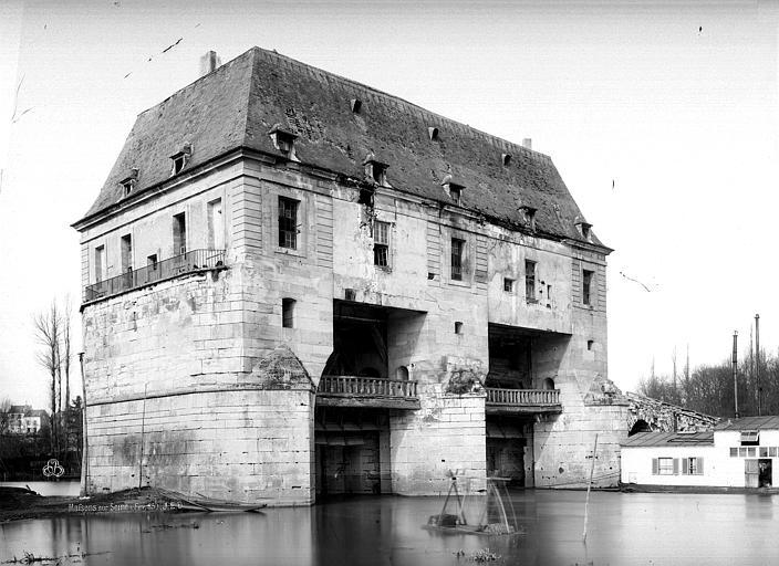 Monuments historiques et b timents prot g s de maisons laffitte actuacity - Ecurie maisons laffitte ...