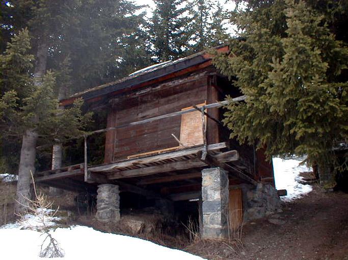 maison (chalet) dit grenier La Goupille