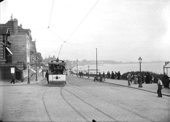 Photos historiques du réseau havrais (bus, tram, funi...) Sap01_1fs02090_p