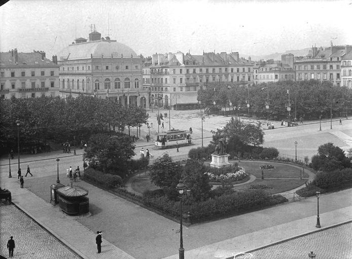 Photos historiques du réseau havrais (bus, tram, funi...) Sap01_1fs02094_p
