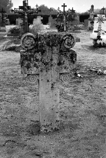 croix monumentale dite croix funéraire n°1