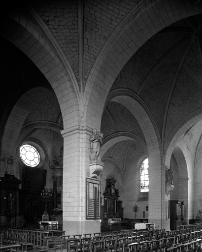 église paroissiale Saint-Pierre et Saint-Laurent