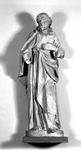 statue : Christ pélerin (?)