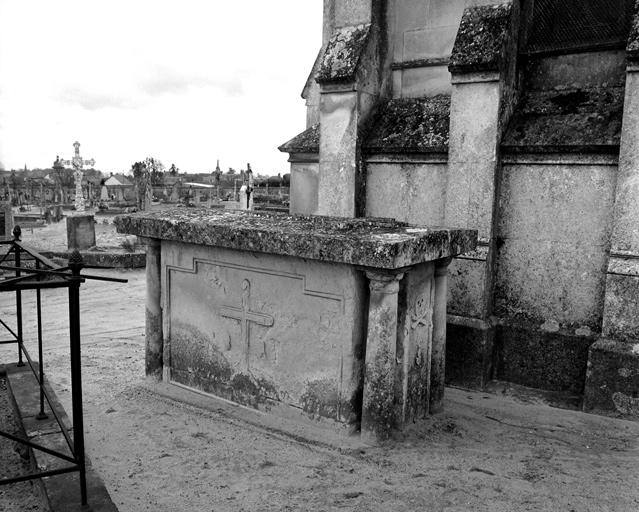 tombeau n° 4