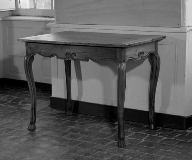 table n° 4