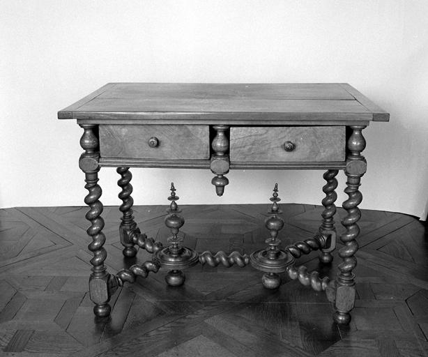 table n° 3