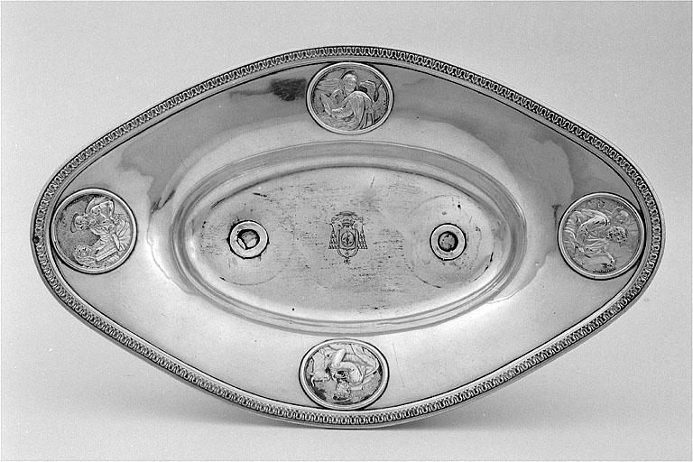 bassin à burettes (n° 3) de Monseigneur Charles-Jean Fillion