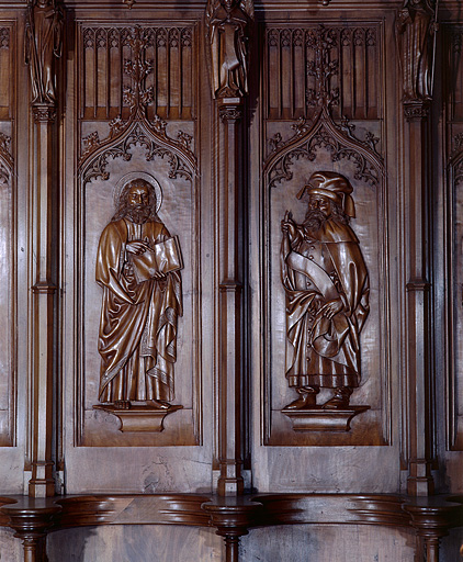 ensemble des 22 bas-reliefs des dorsaux des stalles nord