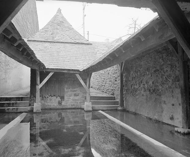 fontaine puis fontaine-lavoir dite fontaine Saint-Aldric