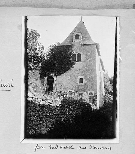 édifice non identifié dit la Tour