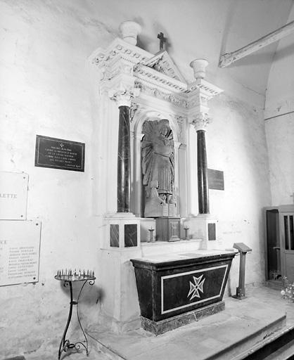 ensemble de 2 autels ; ensemble de 2 retables