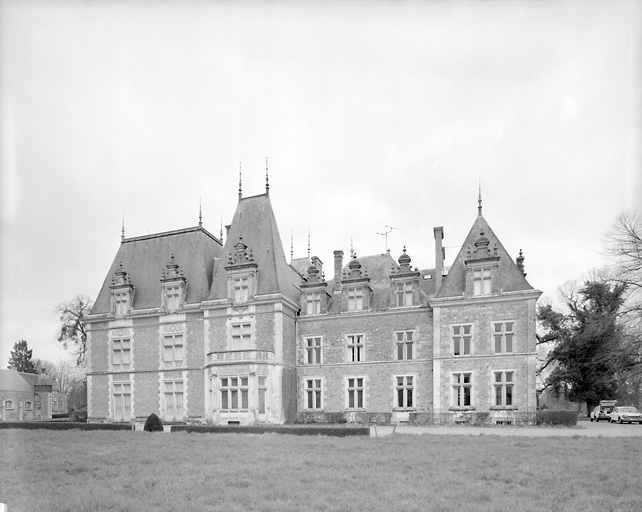 château, actuellement maison