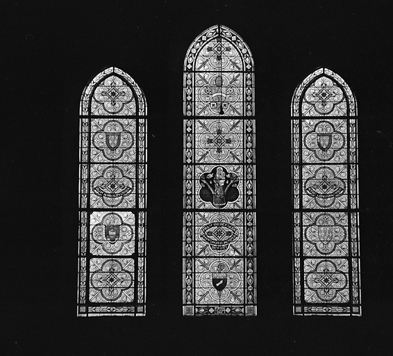 ensemble de 6 verrières : saint Pierre, saint Benoît, saint Paul, Vierge à l'Enfant dite Notre-Dame du Chêne