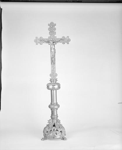 croix d'autel n° 1