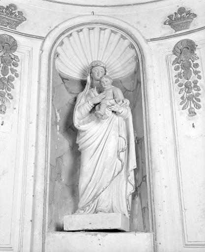 ensemble de 2 statues : saint Clair, Vierge à l'Enfant