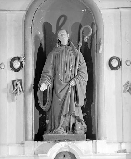 statue : saint Ménelé
