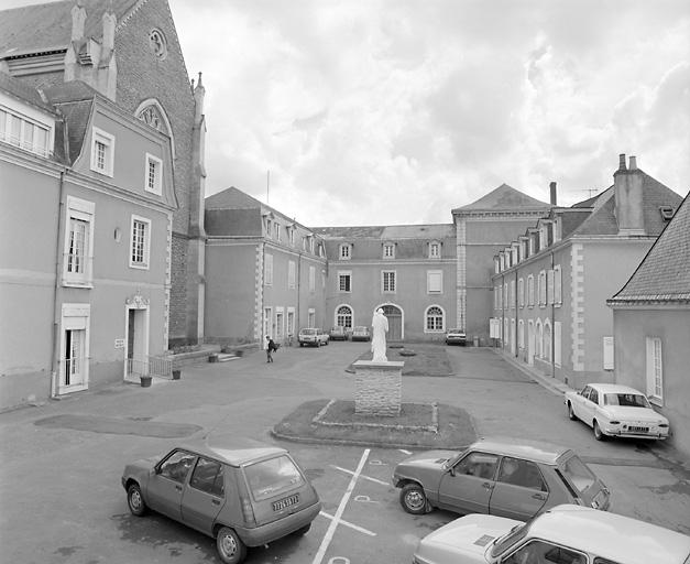 couvent de Cordeliers, puis collège, puis séminaire Saint-Joseph, actuellement hospice