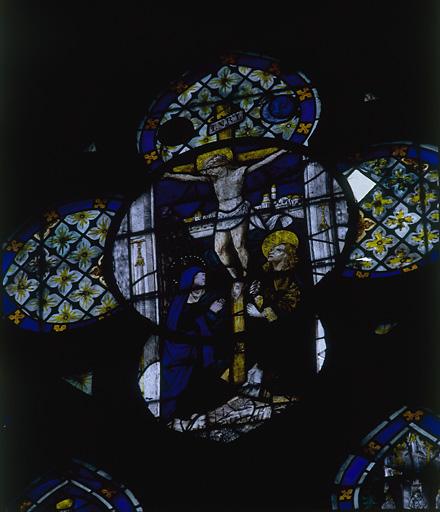 ensemble de 2 verrières : vie de sainte Madeleine