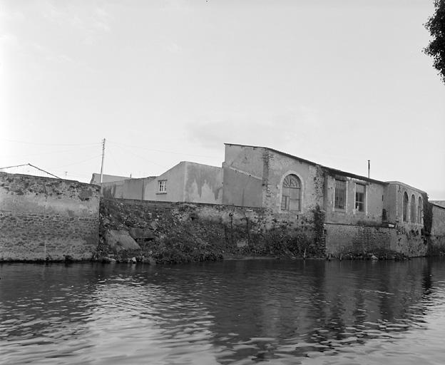usine de taille de matériaux de construction, marbrerie dit moulin de la société Landeau Noyers