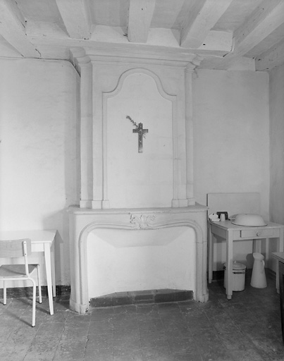 presbytère, actuellement atelier