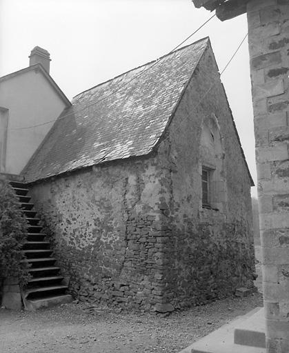 châteaux ; manoirs