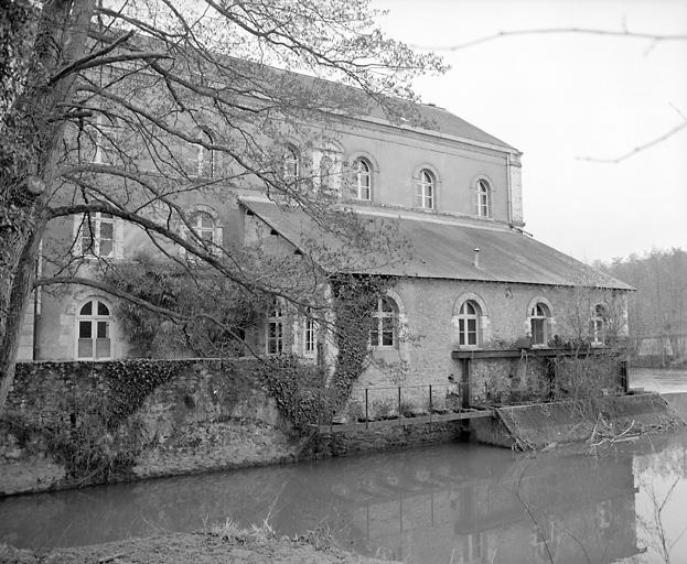 moulin ; usine de taille de matériaux de construction, marbrerie