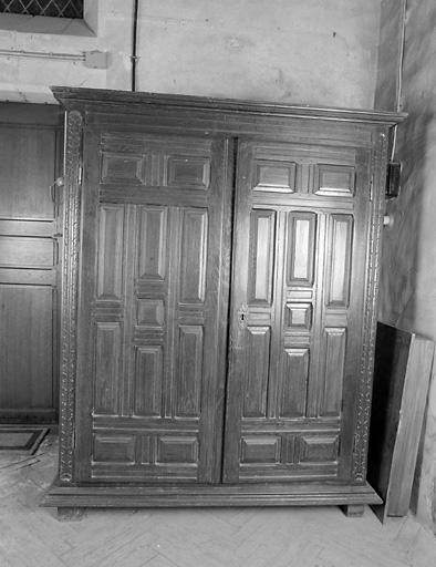 armoire de sacristie n° 2