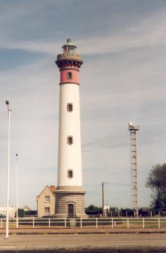 Phare d'Ouistreham (Etablissement de signalisation maritime n°435/000)