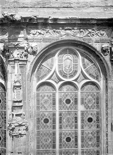 Photo de Abside : Fenêtre du monument Eglise Notre-Dame-de-Froide-Rue (ancienne) ou Eglise Saint-Sauveur (actuelle) Caen