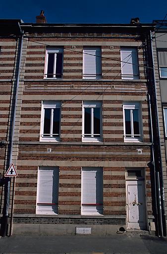 paire d'immeubles à logements d'ouvriers