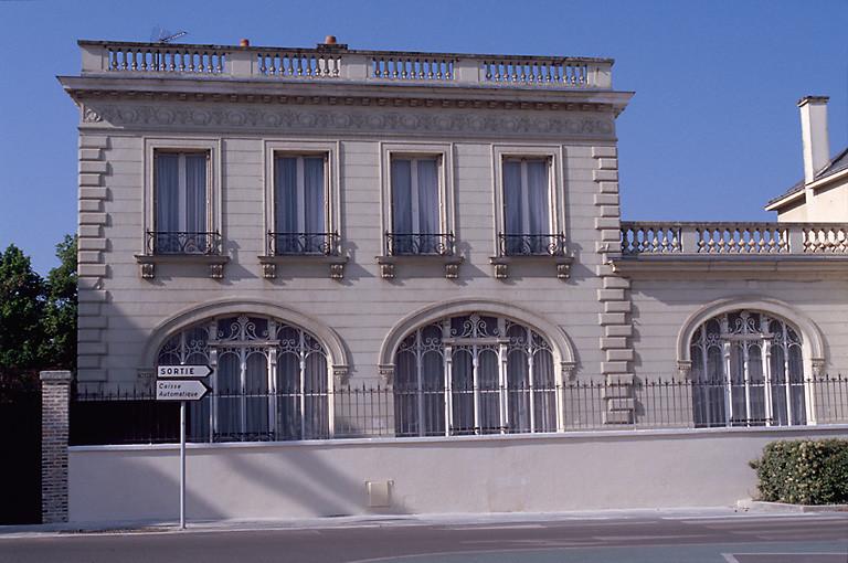 hôtel du banquier Henry Raymond Malinet, puis Sous-préfecture