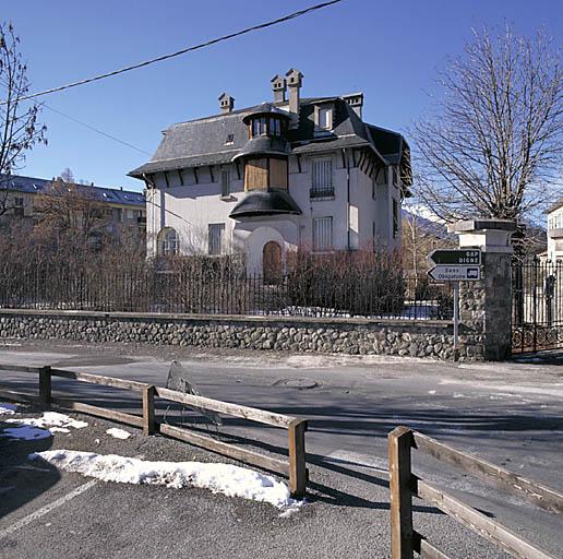 maison dite Villa Les Genevriers
