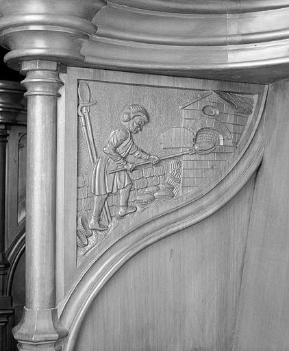 ensemble des 24 bas-reliefs des parcloses des stalles sud