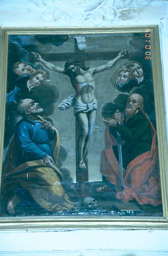 tableau d'autel : Christ en croix entouré de saint Pierre et de saint Paul