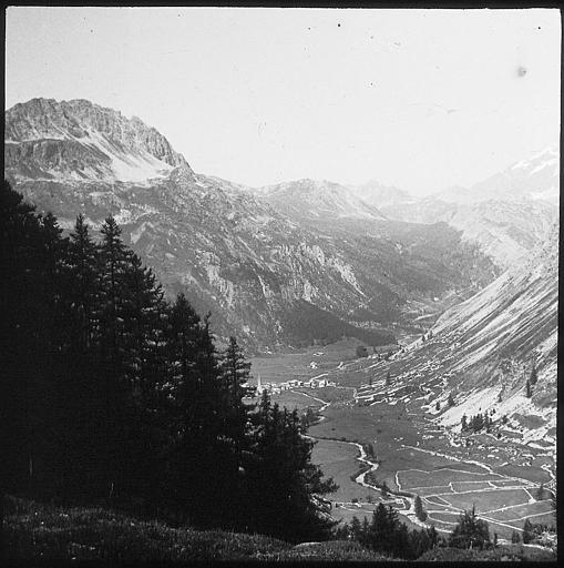 [Val d'Isère]Photos d'archives de la station et des environs Sap01_tcf08891_p