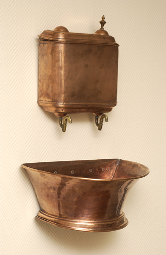 fontaine de toilette