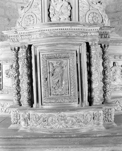 Tabernacle ; exposition (tabernacle architecturé ; tabernacle à ailes)