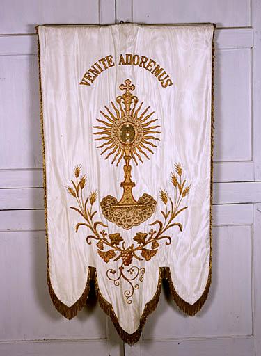 Bannière de procession (de Notre-Dame de Celles)