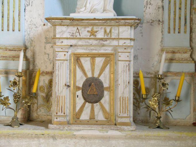Autel, tabernacle, retable