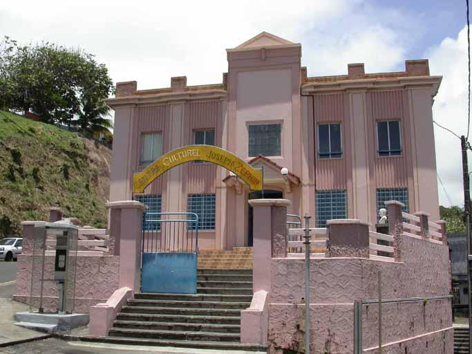 Mairie, actuellement Centre culturel Joseph Zéphyr