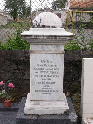 Dalle funéraire de Jean-Baptiste Claude Laguarigue de Survilliers