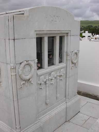 Tombeau de la famille Amédée Huyghues-Despointes