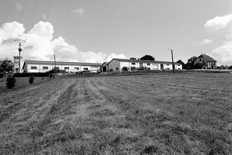 usine de matériel agricole et de matériel électroménager Querry, actuellement usine de construction mécanique