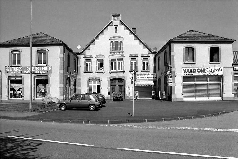 usine de feutre Dollfus-Noack, actuellement centre commercial