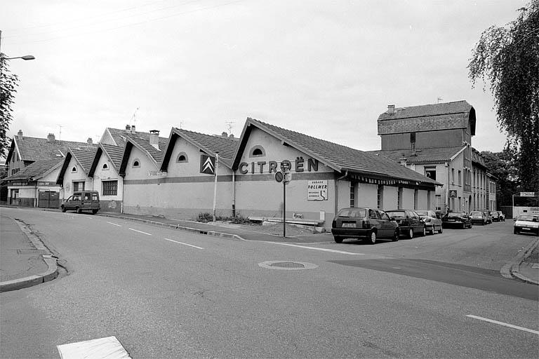 usine de menuiserie Monnin, puis atelier de serrurerie Wack, actuellement garage de réparation automobile