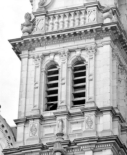 université, église paroissiale Saint-Maimboeuf