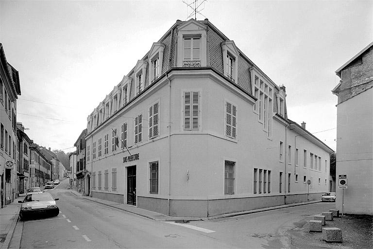 maison, actuellement sous-préfecture