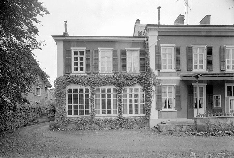 maison d'industriel