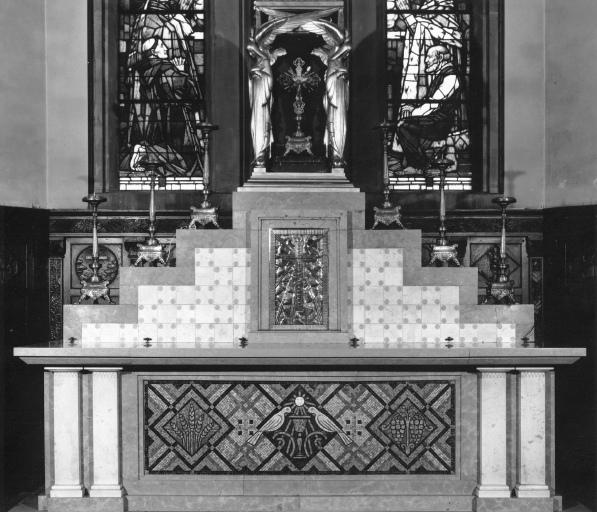 maître-autel, ensemble de mobilier religieux