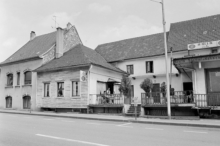 hôtel de voyageurs du Lion Rouge